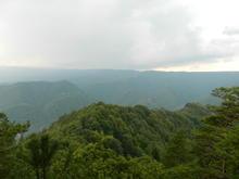 Гора Трезубец, вид с зуба на г. Острая
