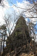 Скальный исполин, гора Трезубец
